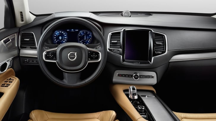 Volvo-XC90-First-Edition-3