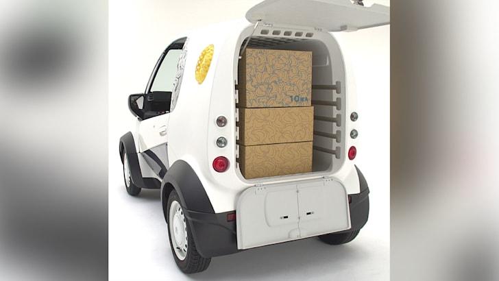 honda-mc-beta-3d-van-ceatec-rear