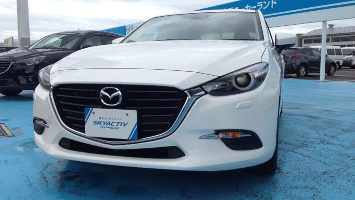 2016-Mazda-Axela-Mazda3-spyshot_07