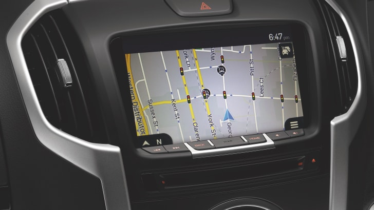 rf20-8-inch-display-satnav