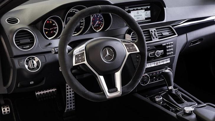 Mercedes-AMG_interior