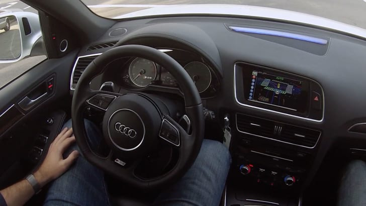 delphi-roadrunner-audi-sq5-handsfree