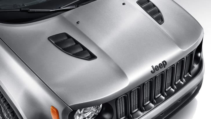 jeep-renegade-hard-steel-hood