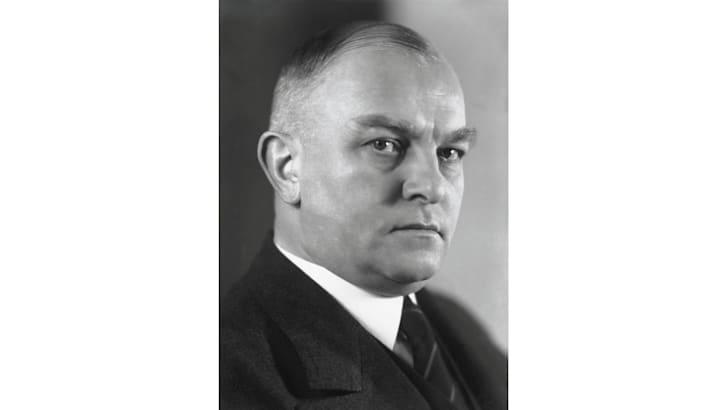 Dr Richard Bruhn