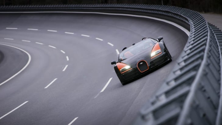 Bugatti Grand Sport Vitesse1