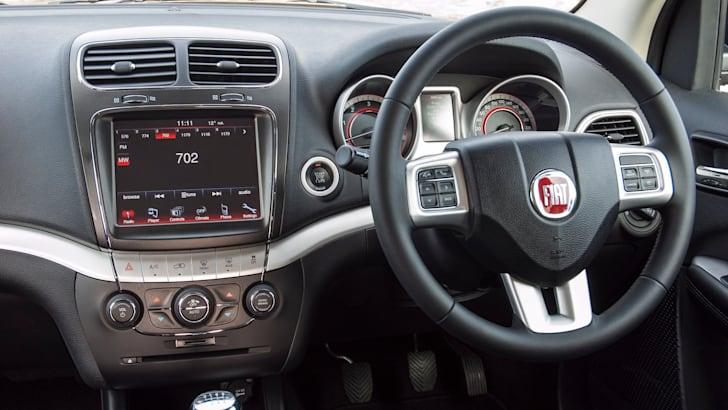 Fiat Freemont dash