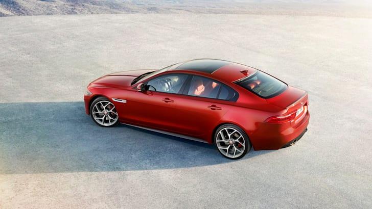 2015 Jaguar XE_14