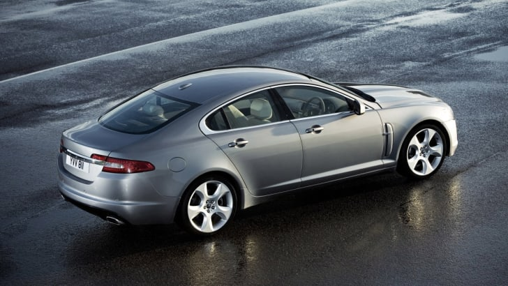 2009-jaguar-xf2