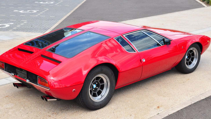 de-tomaso-mangusta-red-rear