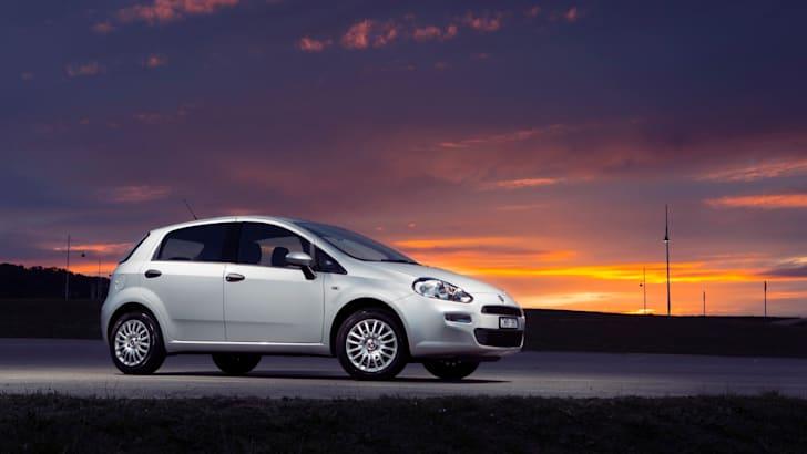 2014-Fiat-Punto-Review-13