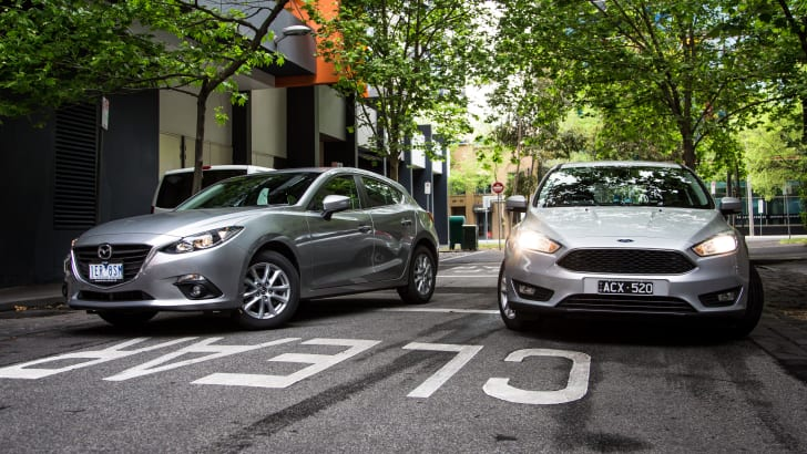 2015-ford-focus-v-mazda3-hatch-comparison-12