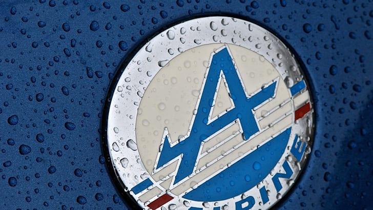 Alpine_Renault_logo