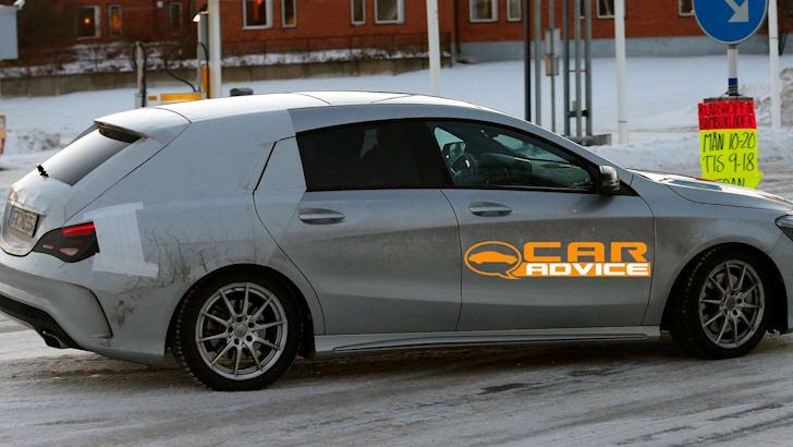 Mercedes-Benz CLA Shooting Brake Spied - 5