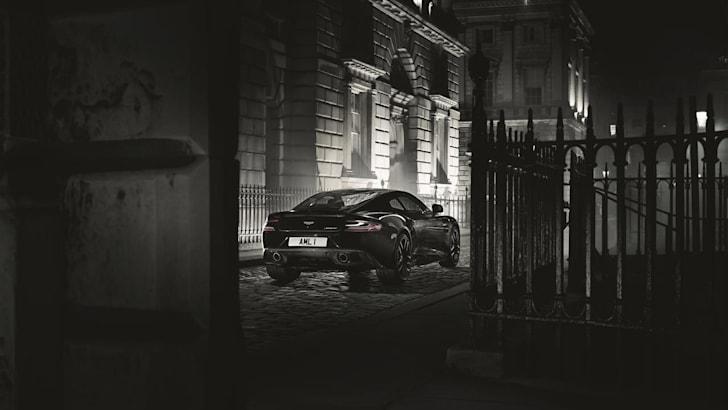 Aston-Martin-Vanquish-Carbon-rear