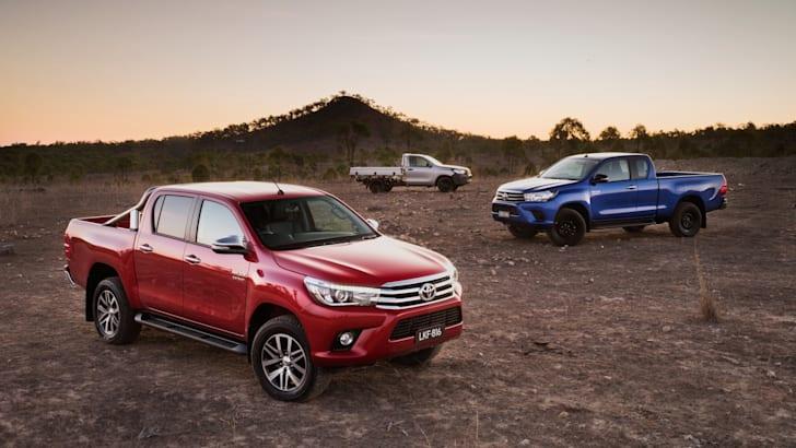 2016 Toyota HiLux_57
