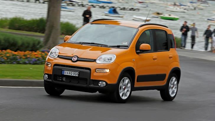 Fiat Panda Trekking cornering