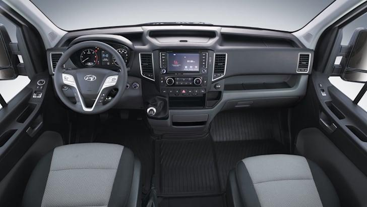 2015 Hyundai H350__04