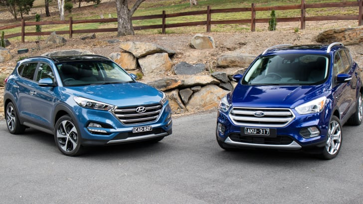 2017-hyundai-tucson-highlander-v-ford-escape-titanium-comparison-12