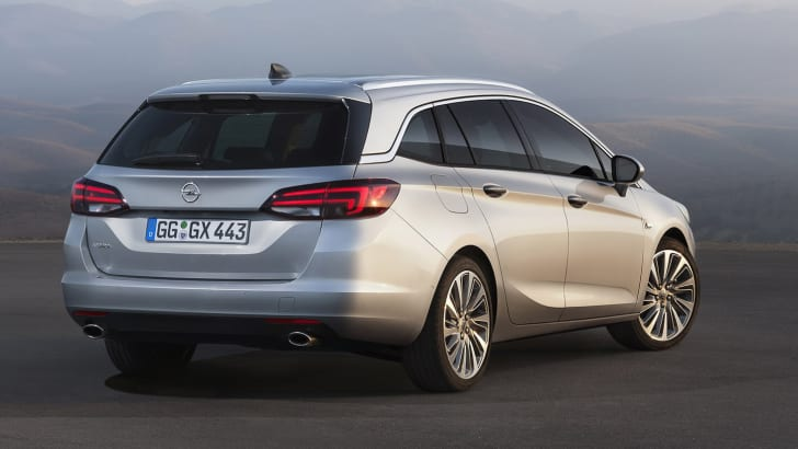 2016_opel_holden_astra-sports-tourer-wagon_03