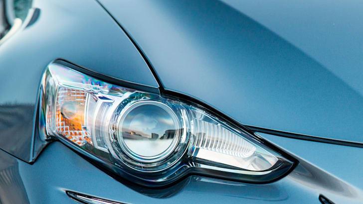 Lexus IS350 F-Sport HID headlight