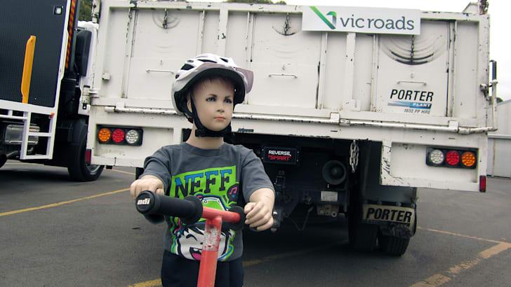 vicroads_reverse-braking_02