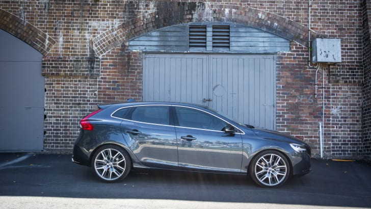 2017-volvo-v40-d4-inscription-w-polestar-pack-45