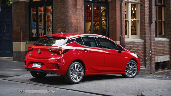 2017-holden-astra-launch_20