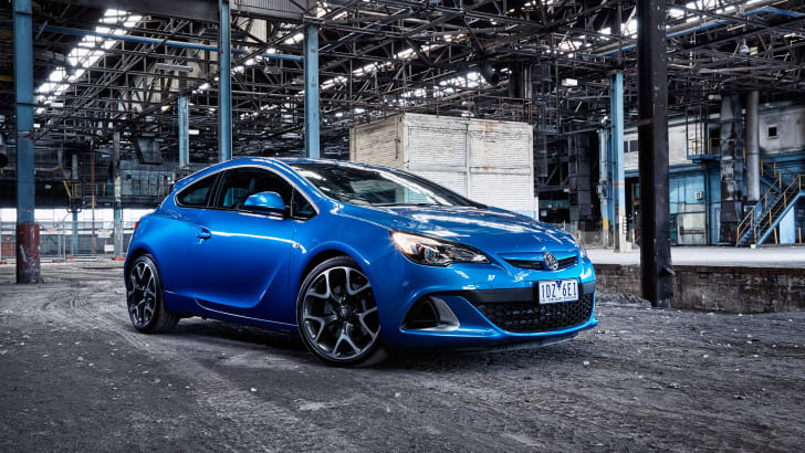 17752 Astra VXR -002Lowres