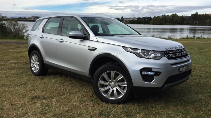 2015-Land-Rover-Discovery-Sport-Review-36