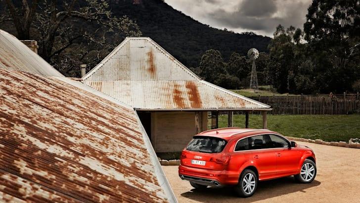 Audi Q7 e-tron 2