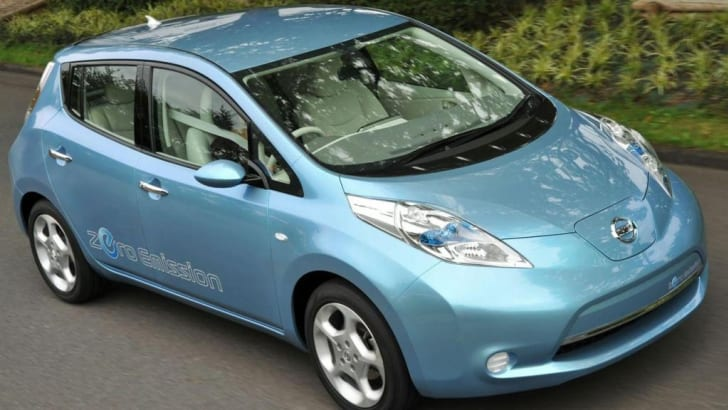 nissan-leaf-electric-vehicle-2010-img_11