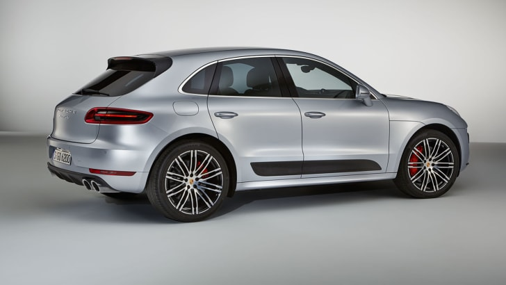 2016_porsche_macan_turbo_performance-package_02