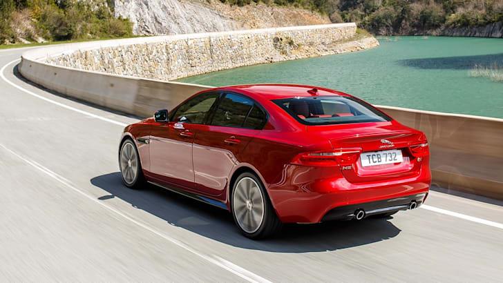 18MY Jaguar XE V6S