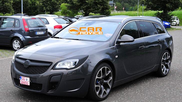Opel Insignia OPC Wagon Spied - 3