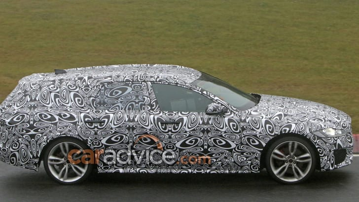 jaguar-xf-sportbrake-spy-7-side