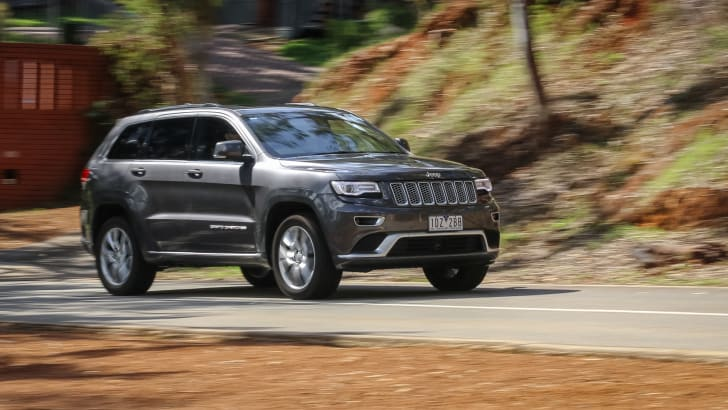 2015-jeep-grand-cherokee-summit-24