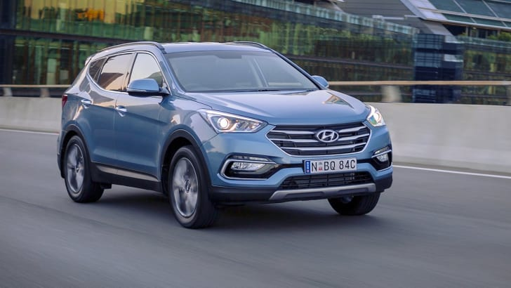 2016_hyundai_santa-fe_30-years_special-edition_12