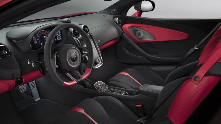 mclaren_570s_design-edition7295shot_04_design_interior-1