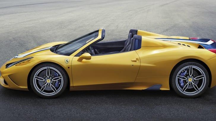Ferrari 458 Speciale - side