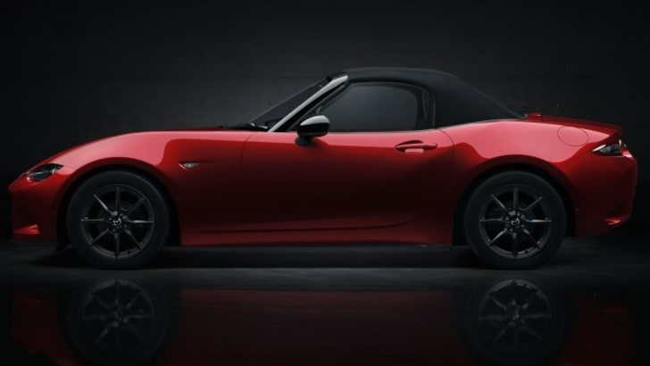 x2015-Mazda-MX-5__9.jpg.pagespeed.ic.zTv3QI6ym9