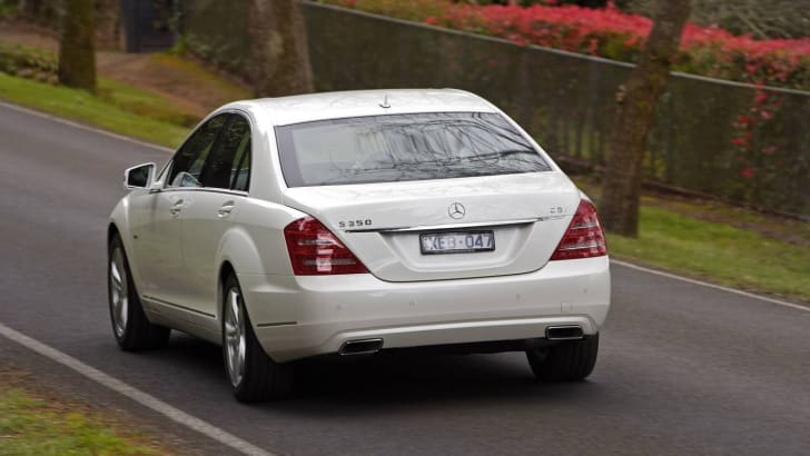 2009-Mercedes-Benz-S-Class-10
