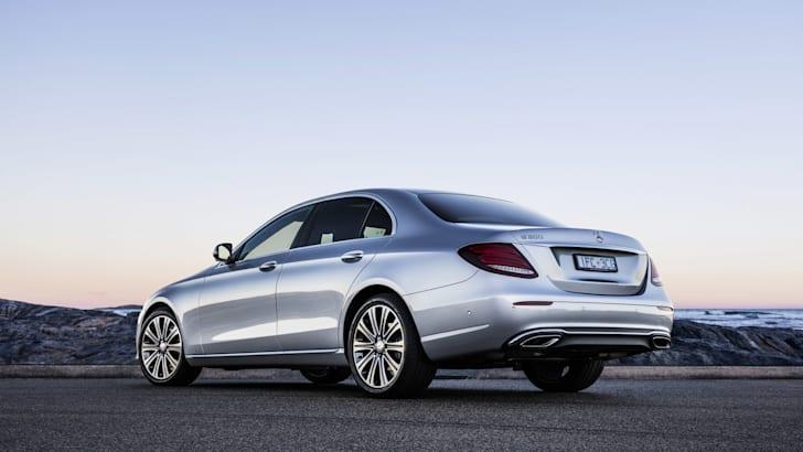 2016-Mercedes-Benz-E-Class-44