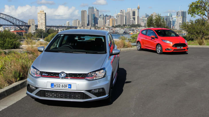 2015-VW-polo-GTI-ford-fiesta-ST-comparison-43