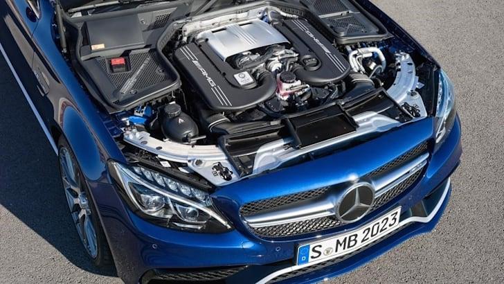 2015 Mercedes-Benz C63 AMG_10
