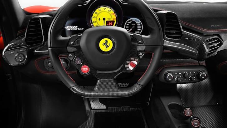 Ferrari 458 Speciale - Steering wheel