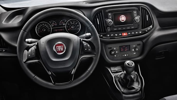 Fiat Doblo facelift - interior