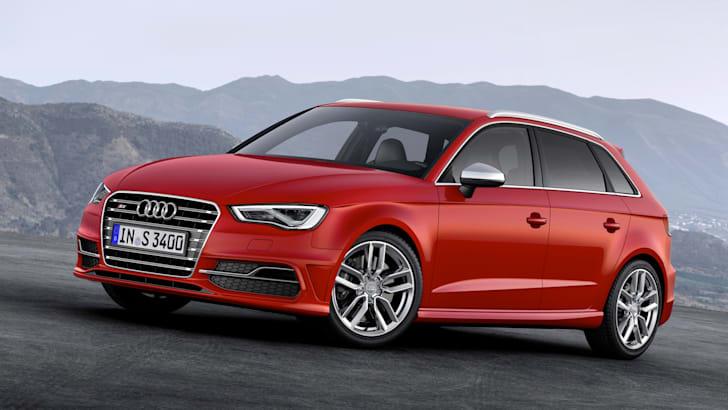 Audi S3 pose