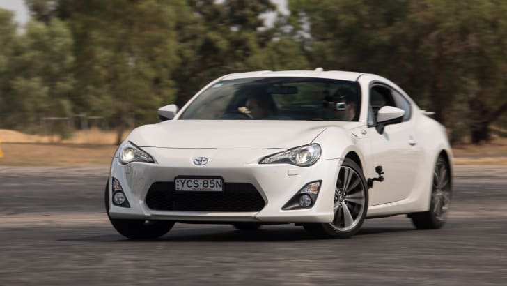 2016-toyota-86-how-to-drift-82