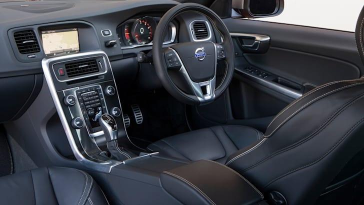 Volvo S60R Design - 4