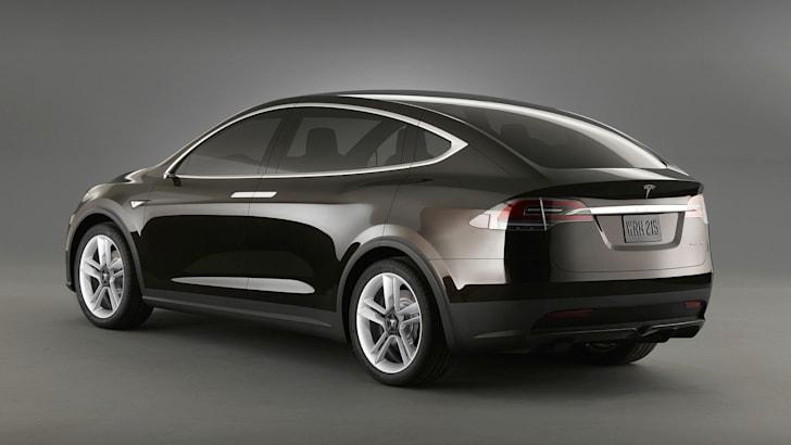 Tesla Model X - 3